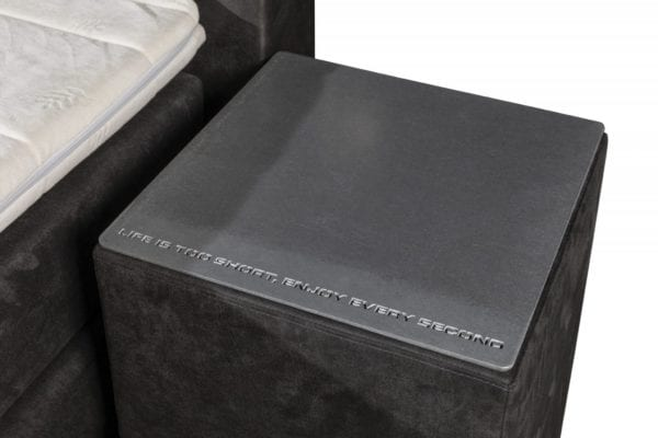 Boxspringset Skully nachtkastje RVS slogan